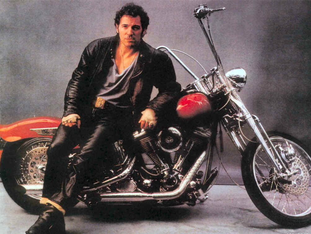 bruce_springsteen_on_bike
